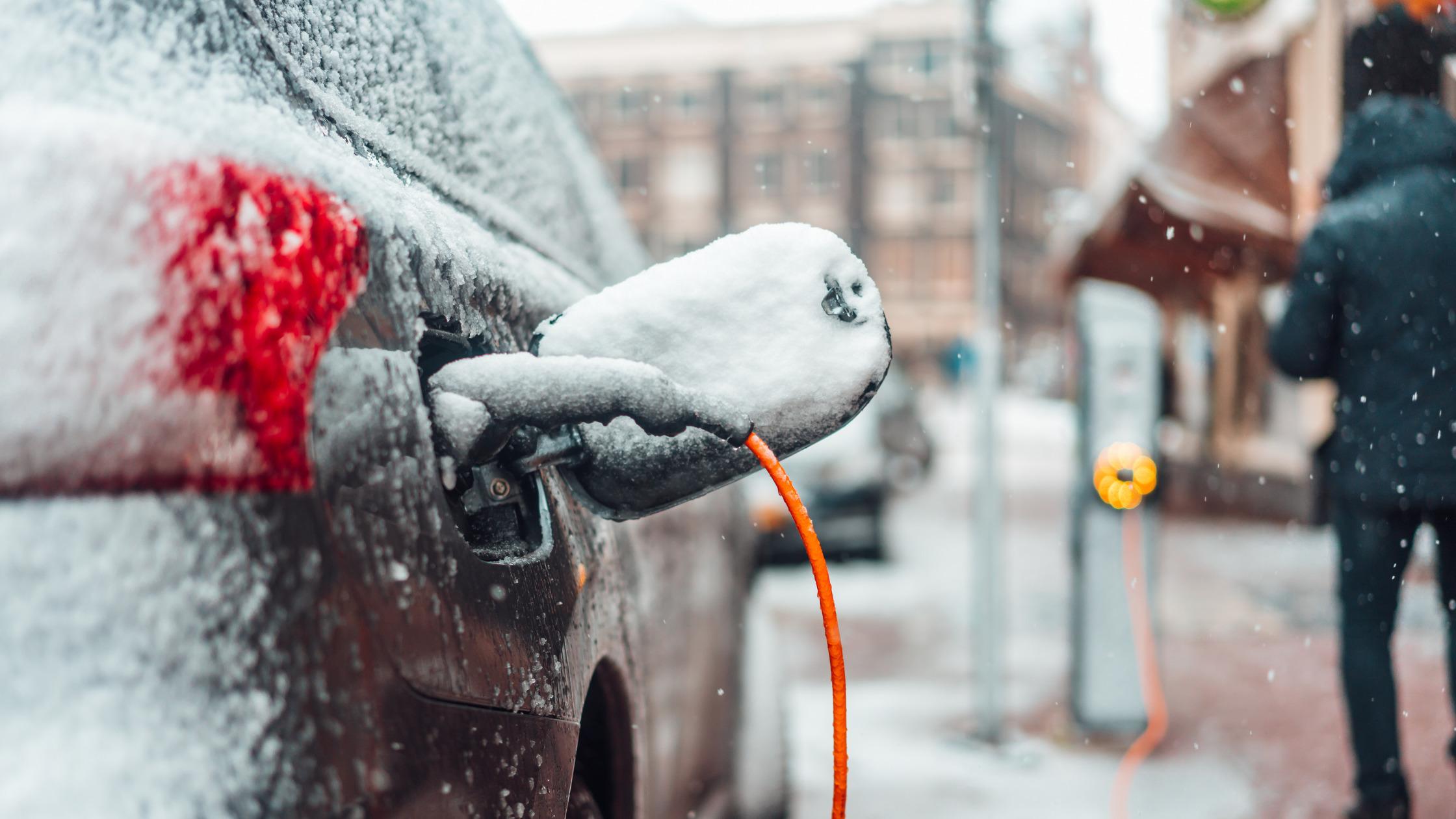 voiture électrique hiver